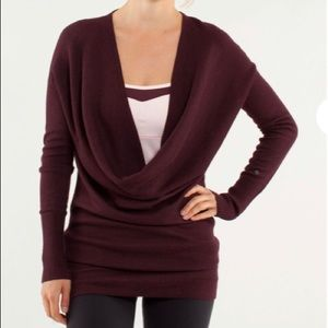 2day only!S8 lululemon reverse serenity wrap